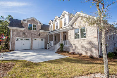 Ocean Ridge Single Family Home For Sale: 6612 Hendrick Lane SW
