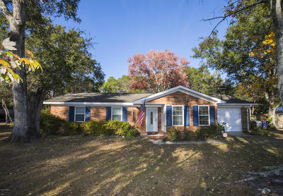 Southport Single Family Home For Sale: 118 Stuart Avenue