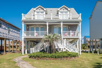 Oak Island Single Family Home For Sale: 726 W Beach Drive
