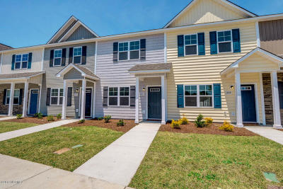 Sneads Ferry Condo/Townhouse For Sale: 207 Justice Farm Drive