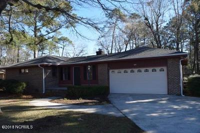 Carolina Shores Single Family Home For Sale: 2 Carolina Shores Parkway