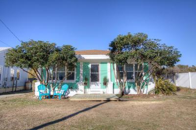 Carolina Beach, Kure Beach Single Family Home For Sale: 1612 S Lake Park Boulevard