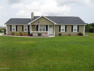 Hubert Single Family Home For Sale: 113 Byrum Run