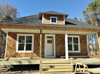Hampstead Single Family Home For Sale: 8 Driftwood Lane