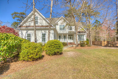 Hampstead Single Family Home For Sale: 510 Center Drive