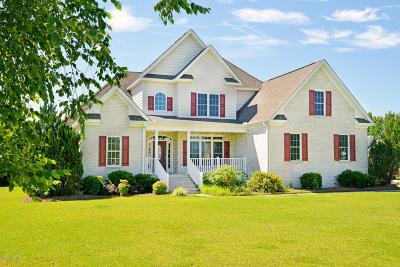 Greenville NC Single Family Home For Sale: $255,900