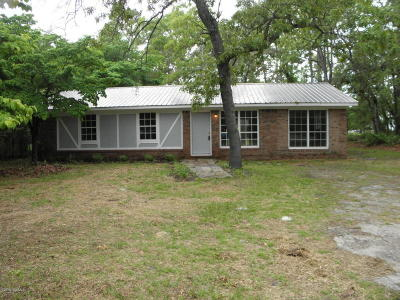 Southport Single Family Home For Sale: 1345 E Boiling Spring Road