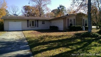Jacksonville Single Family Home For Sale: 306 Walnut Creek Court
