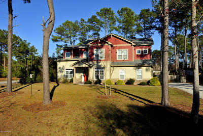 Hampstead Single Family Home For Sale: 17 Crab Catcher Court