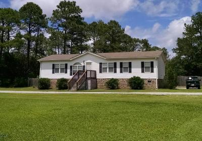 Winnabow Single Family Home For Sale: 3701 E Boiling Spring Road