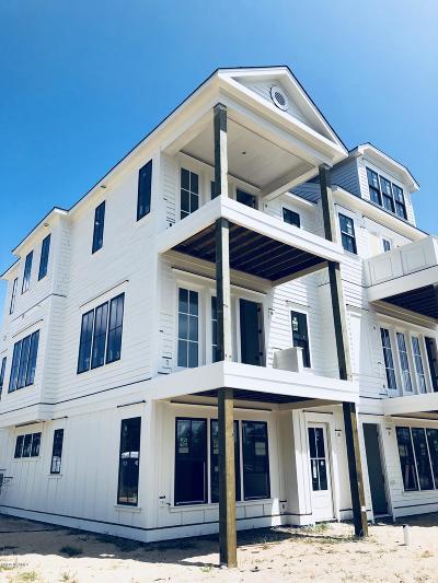 Wilmington Condo/Townhouse For Sale: 17 Hobie Run