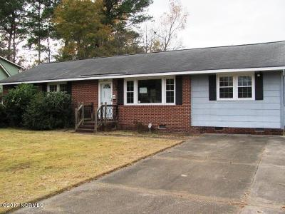 Onslow County Single Family Home For Sale: 3002 Northwoods Drive