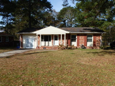 Jacksonville Single Family Home For Sale: 405 Linwood Drive