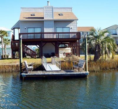 Ocean Isle Beach Single Family Home For Sale: 51 Wilmington Street
