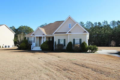 Newport Single Family Home For Sale: 546 Park Meadows Drive