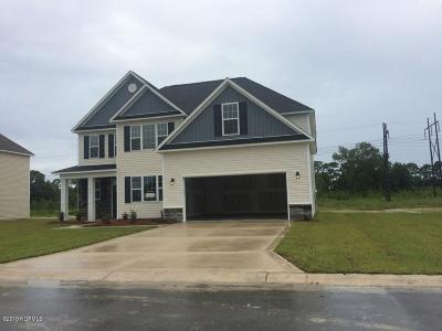 Onslow County Single Family Home For Sale: 419 Worsley Way