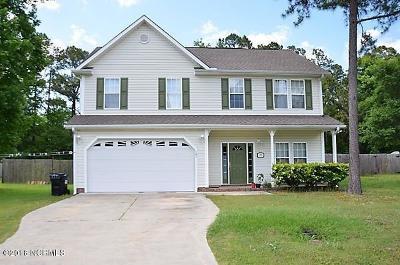 Hubert Single Family Home For Sale: 105 Craig Drive