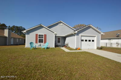 Onslow County Single Family Home For Sale: 1306 Navarro Loop