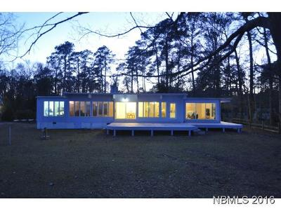 New Bern Single Family Home For Sale: 3600 Camelot Drive