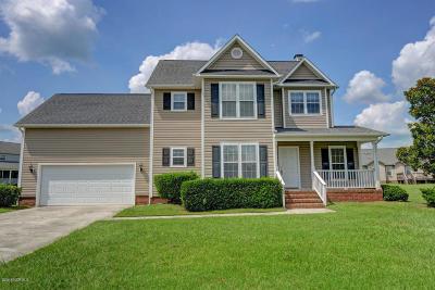 Jacksonville Single Family Home For Sale: 103 Danbury Court