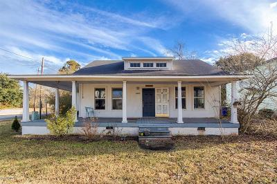 Newport Single Family Home For Sale: 3009 Market Street