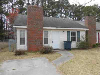 Jacksonville Rental For Rent: 135 Pine Crest Drive