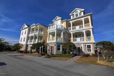 Pine Knoll Shores Condo/Townhouse For Sale: 116 Salter Path Road #202
