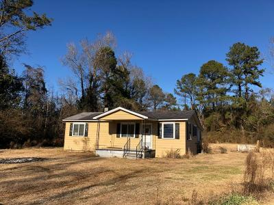 Richlands Single Family Home For Sale: 7138 Gum Branch Road