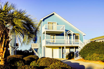 Oak Island Single Family Home For Sale: 434 Caswell Beach Road