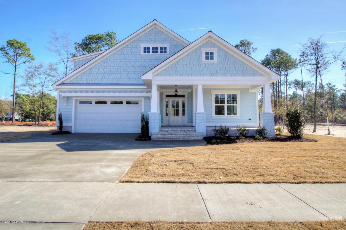 3 bed / 2 full, 1 partial baths Home in Southport for $449,000