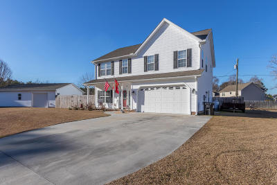 Onslow County Single Family Home For Sale: 214 Rudolph Lane