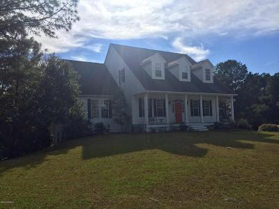 Emerald Isle Single Family Home For Sale: 9801 Clarendon Drive