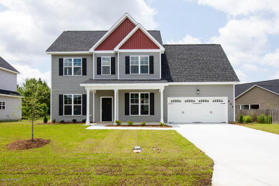 Onslow County Single Family Home For Sale: 525 New Hanover Trail