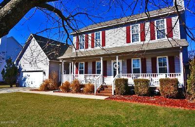 Jacksonville Single Family Home For Sale: 116 Hudson Lane