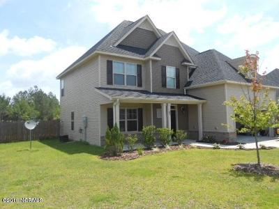 Jacksonville Single Family Home For Sale: 407 Cyrus Thompson Drive