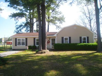 Jacksonville Single Family Home For Sale: 103 Cypress Court