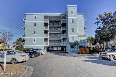 Carolina Beach, Kure Beach Condo/Townhouse For Sale: 712 Saint Joseph Street #301