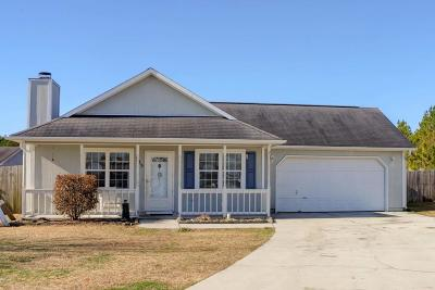 Onslow County Single Family Home For Sale: 505 Sumrell Way