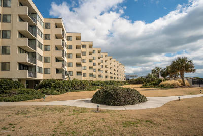 Atlantic Beach Condo/Townhouse For Sale: 1400 E Fort Macon Road #118