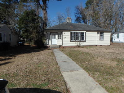 Onslow County Single Family Home For Sale: 109 Westminister Drive