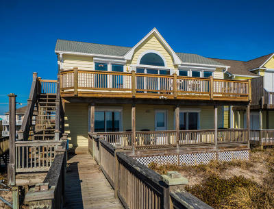 North Topsail Beach, Surf City, Topsail Beach Single Family Home For Sale: 815 N Anderson Boulevard