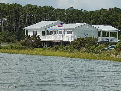 Beaufort Single Family Home For Sale: 387 Stewart Drive