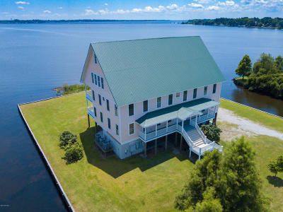 New Bern Single Family Home For Sale: 507 Harbor Drive