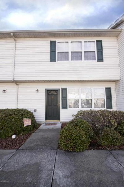 Swansboro Condo/Townhouse For Sale: 80 Crush Court