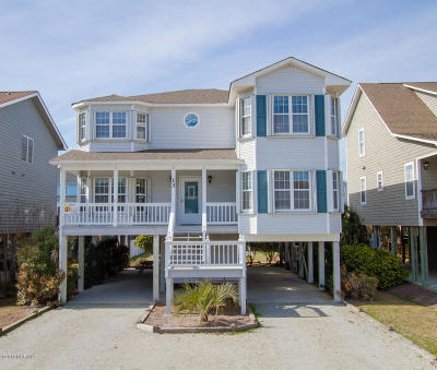Ocean Isle Beach Single Family Home For Sale: 13 Duneside Drive