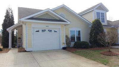 Newport Condo/Townhouse For Sale: 402 Jade Cove