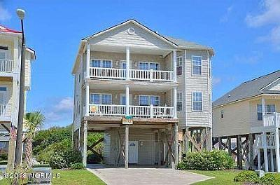 Oak Island Single Family Home For Sale: 218 W Beach Drive