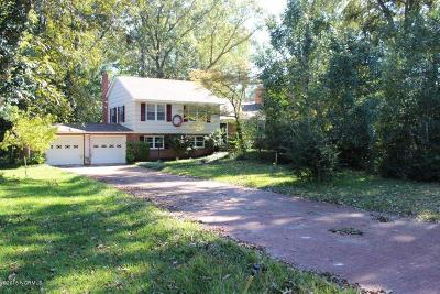 Trent Woods Single Family Home For Sale: 204 Camelia Road