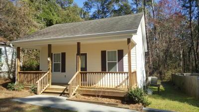 Holly Ridge Single Family Home For Sale: 640 E Ocean Highway