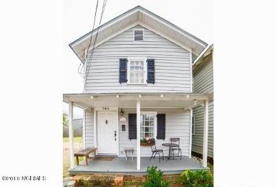 Single Family Home For Sale: 709 Queen Street